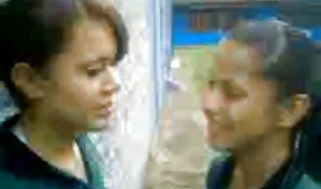 பெரிய 70 வயது பாட்டி சவாரிகள் செக்ஸ் அழகான பெண்கள் அண்டை டிக்