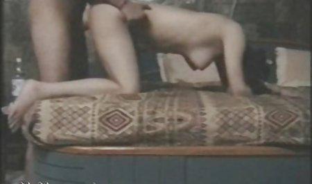 அழகான செக்ஸ், எரிகா கொடுக்கிறது ஒரு பிரமாதமாக மென்மையான சாக் கால்கலில் இருந்து ஸெக்ஸ் தூண்டுதல் pornocratie